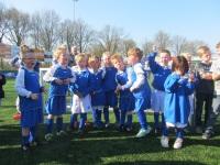 Foto bij schoolvoetbal