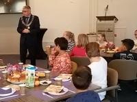 Afbeelding bij Ontbijten bij de burgemeester
